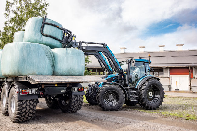 valtra-g-135-unlimited-tervala-img-fin-2020-hires--6